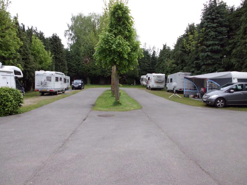 aanzicht camping voorzijde